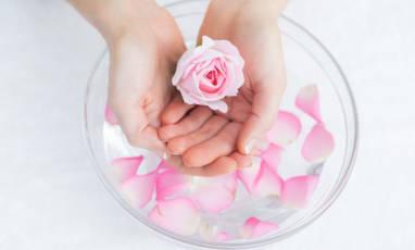 La rose, le secret des peaux resplendissantes !