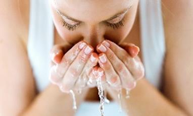 Comment protéger naturellement sa peau contre la pollution
